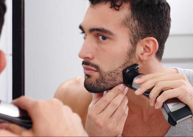Avec la tondeuse barbe et barbe de 3 jours (32 mm) offrant 12 hauteurs