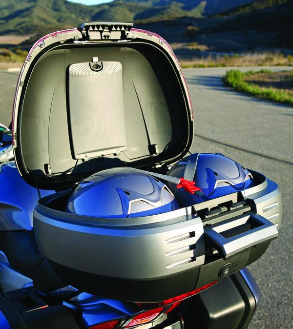 Top Case SHAD SH50 porte bagage valise coffre Topcase 50