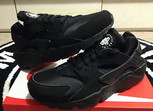 NIKE AIR HUARACHE LE TRIPLE BLACK WHITE SZ 8 13 318429 003 Limited
