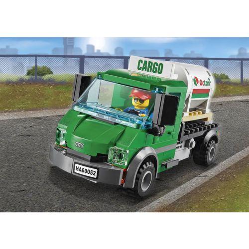Lego 60052 City : Le train de marchandises pas cher pour Noël Achat