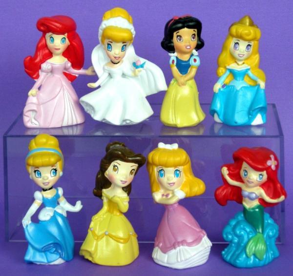 Disney Princesses jouet Cendrillon belle lot de 8 figurines gâteau