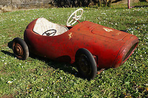 VOITURE A PEDALES ANCIENNE PEDAL CAR FERRARI PEDALE MG