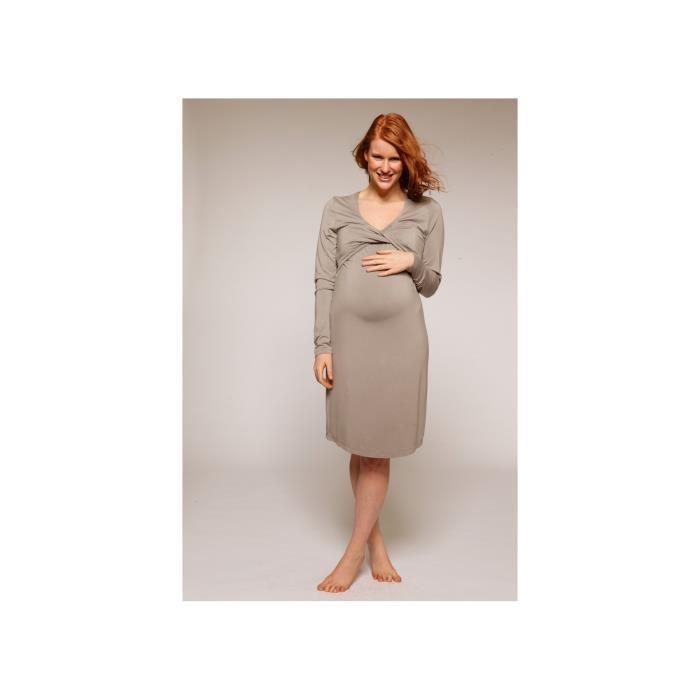 Une petite robe de grossesse et d'allaitement très soyeuse et ultra