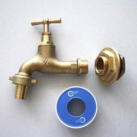 Raccord droit + robinet de jardin à visser laiton F 15 x 21 pour cuve