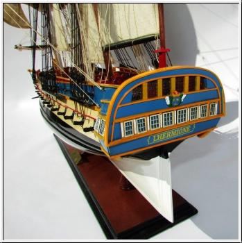 Maquette L'HERMIONE, 80 cm, fait main en bois, déjà montée, coque