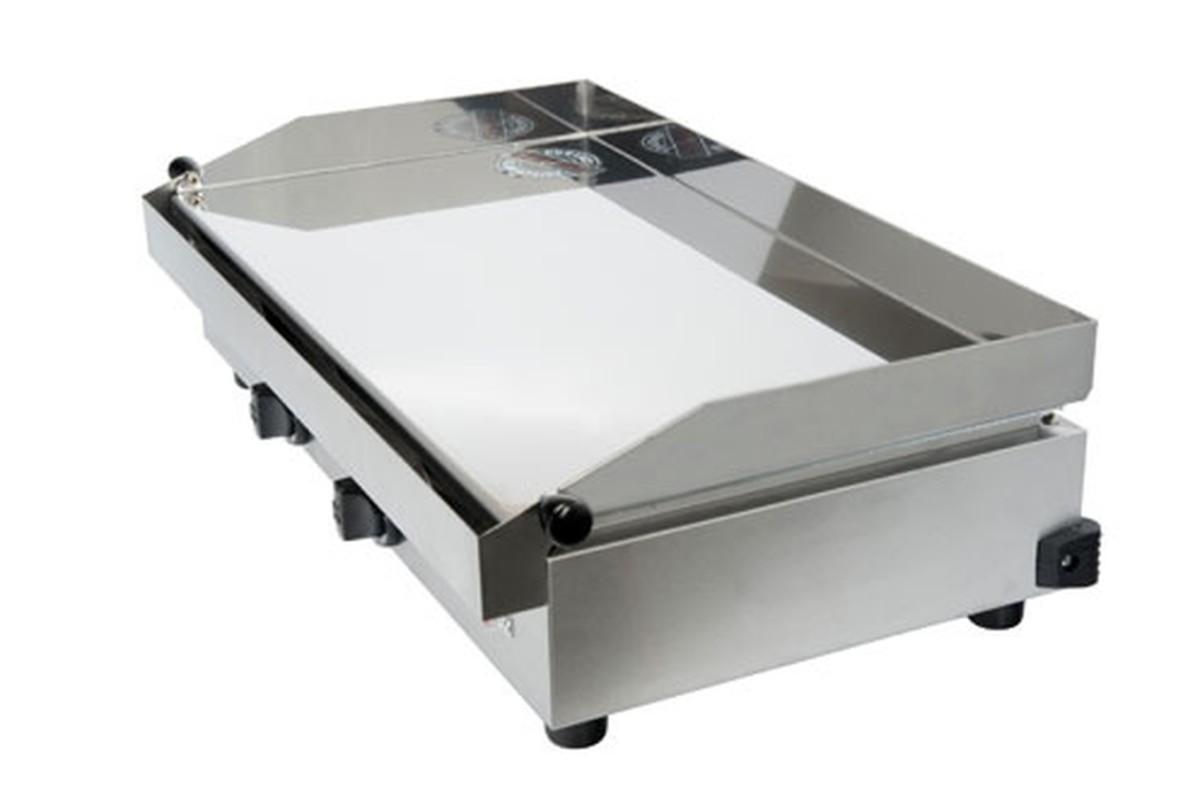 Plancha pro Krampouz GECIA4 +Ustensiles pour barbecue/plancha Brasero