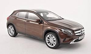 et modèles préfabriquées véhicules miniatures modèles à l