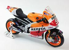 Maquette moto gp Marc Marquez test bike honda au 1 12 eme convertion
