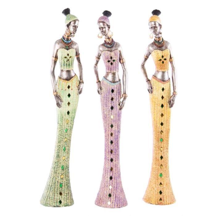 Figure d'une femme africaine dans une robe de couleur (11x10x62 cm