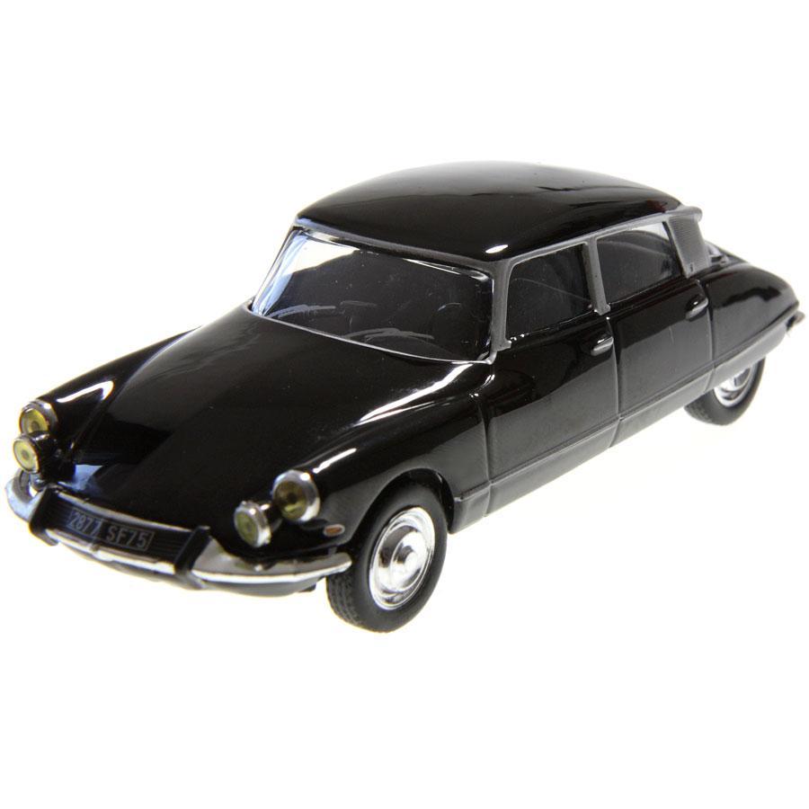 sur Voiture miniature Citroen DS 19 pallas 1965 1/43 auto plus