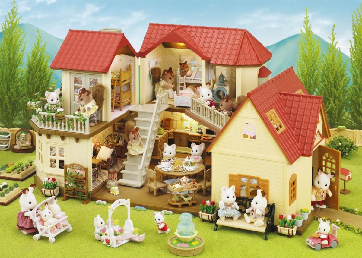 La Grande Maison Tradition éclairée peut s'assembler au Set Cottage