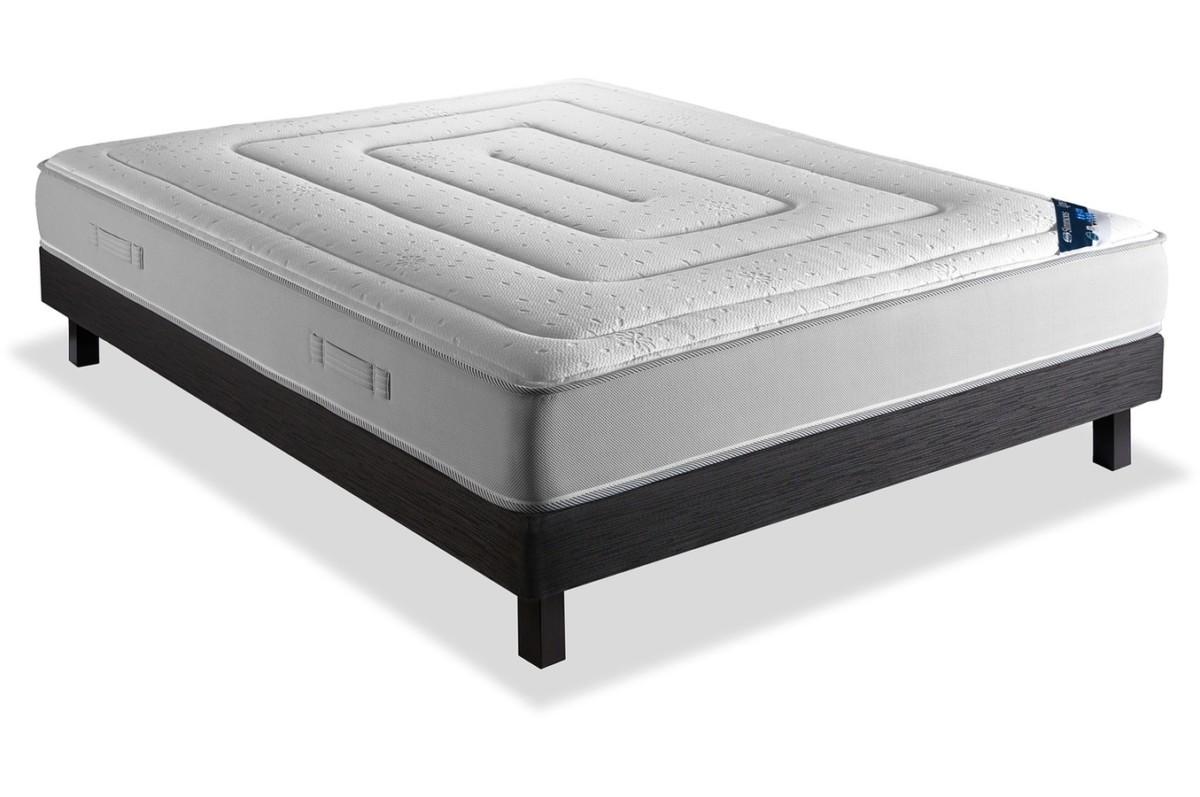 drap plat topiwall. Black Bedroom Furniture Sets. Home Design Ideas