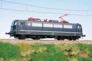 Hobbytrain echelle N H 2880 locomotive electrique E 310 001 bleu DB EP