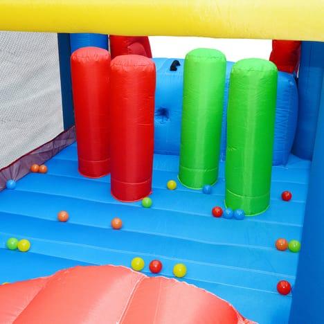toboggans gonflables, tunnels, aire de jeu pour enfants ALICE'S GARDEN