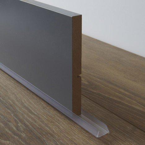 Bavette de plinthe de meuble de cuisine DELINIA |